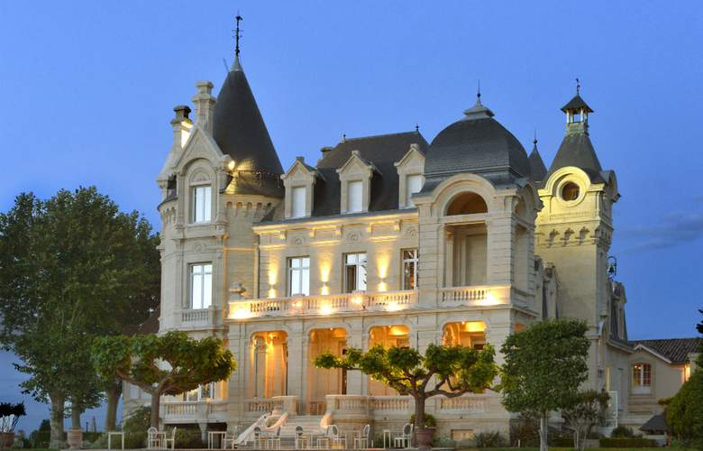 Grand Barrail Chateau Hotel Spa - Hotel - 2