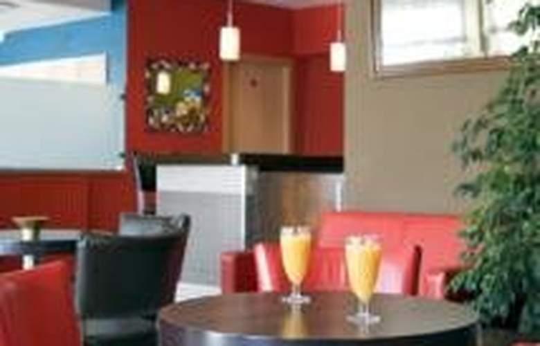 Les Illes - Restaurant - 4