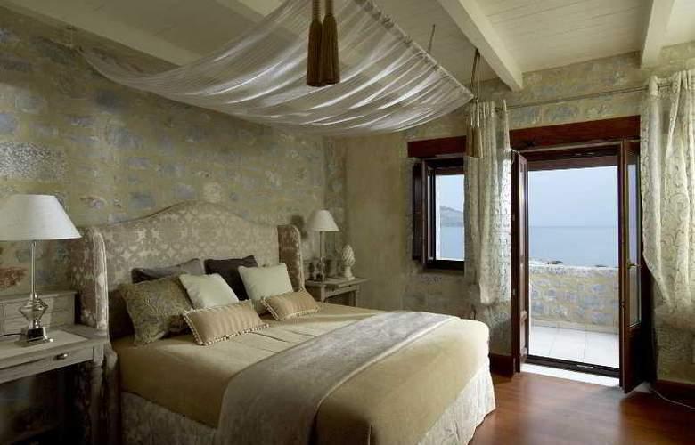 Porto Vitilo - Room - 8
