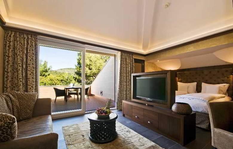 Lindner Golf & Wellness Resort Portals Nous - Room - 1