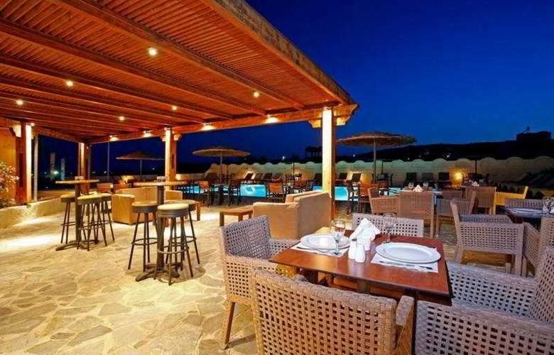 Thera Mare Hotel  - Bar - 7
