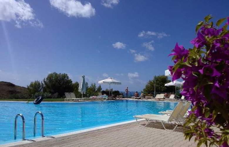 Liberatos Village - Pool - 8
