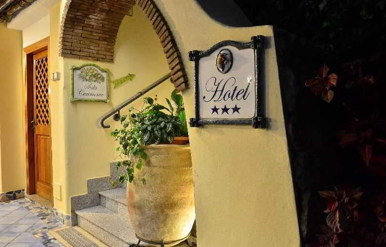 La Capannina - Hotel - 0