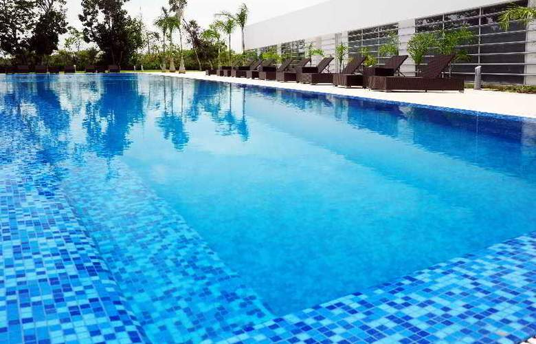 Pure All Suites Riviera Maya - Pool - 1
