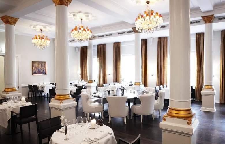 First Grand - Restaurant - 14