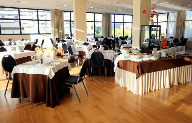 Exe Sevilla Palmera - Restaurant - 18