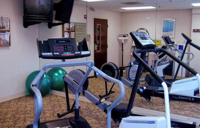 Hampton Inn Philadelphia-International Airport - Sport - 6