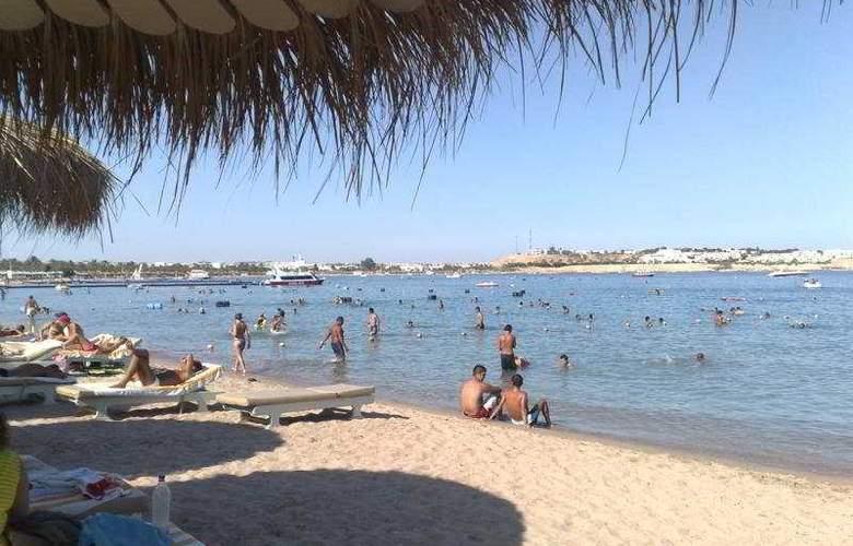 Tropicana New Tiran - Beach - 7