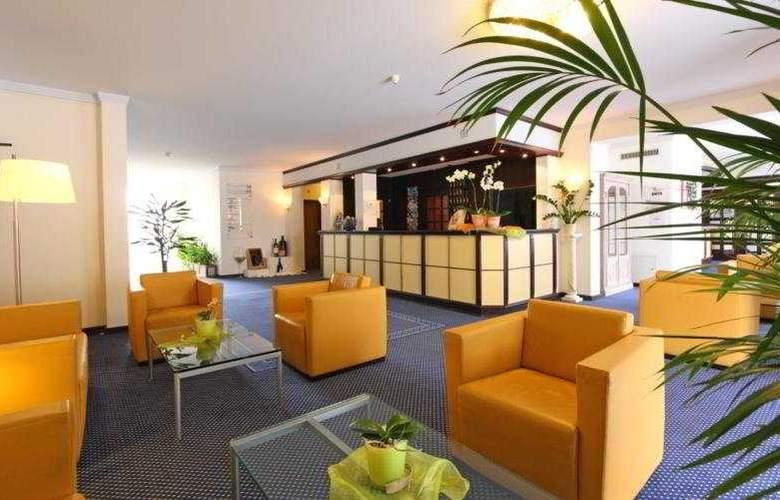 Kastanienbaum Swiss Quality Seehotel - General - 2