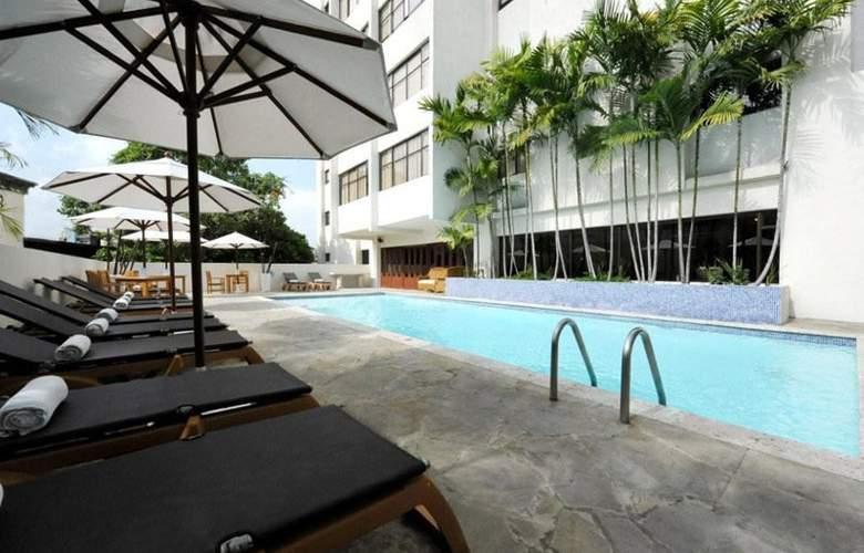 Radisson Santo Domingo - Pool - 16
