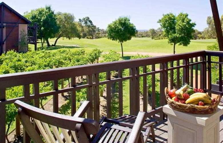 Novotel Vines Resort Swan Valley - General - 2