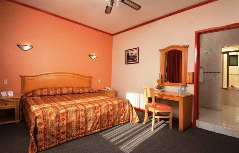 Vista Express Morelia - Room - 8