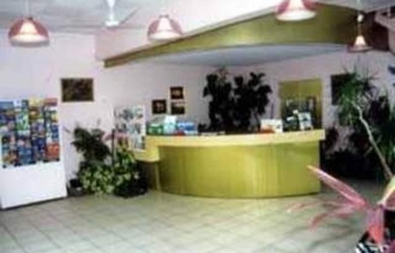 Comfort Resort Club Crocodile Airlie Beach - General - 1