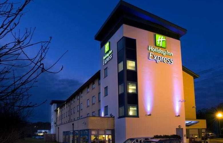 Holiday Inn Express Swindon - West - Hotel - 0