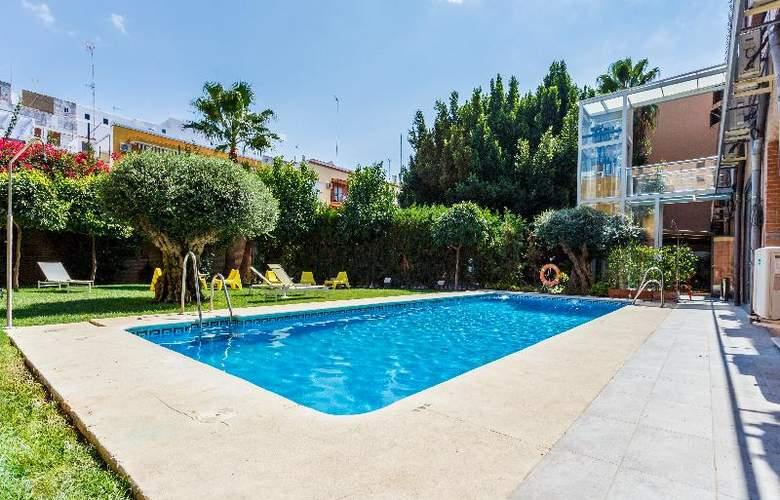 AACR Monteolivos - Pool - 17