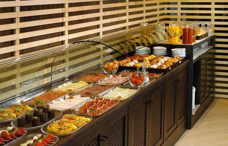 NH Sant Boi - Restaurant - 12