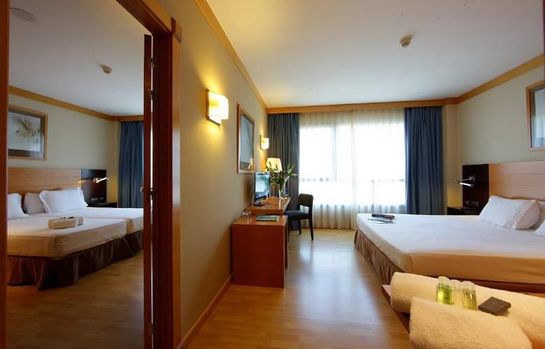 Attica21 Barcelona Mar - Room - 10