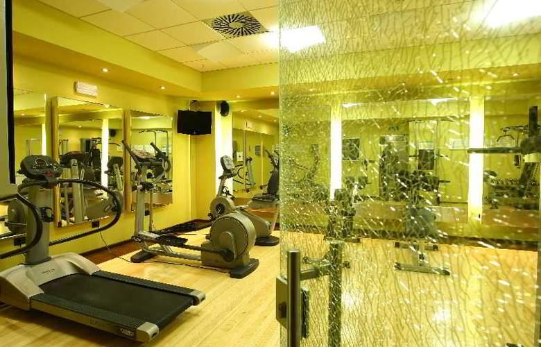 Holiday Inn Belgrade - Sport - 5