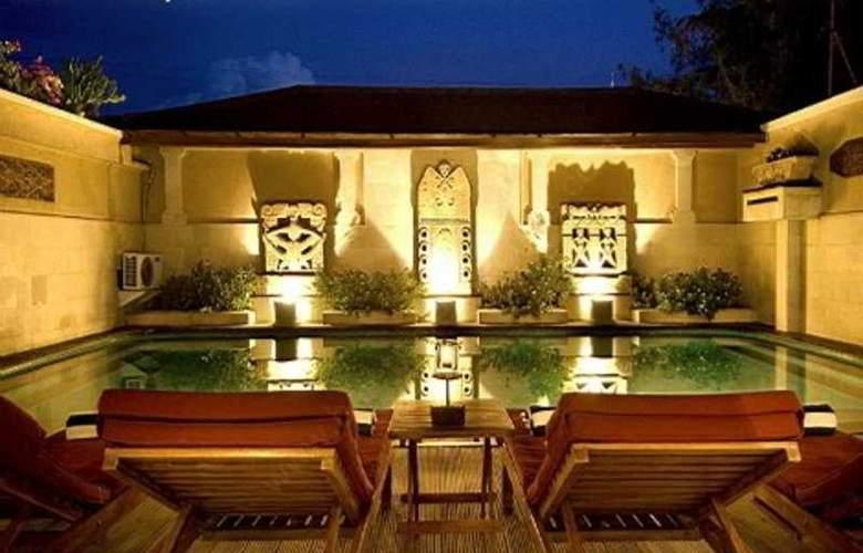 The Beach House Resort - Pool - 5