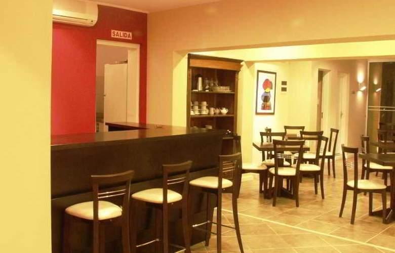Joan Miro Hotel - Restaurant - 10