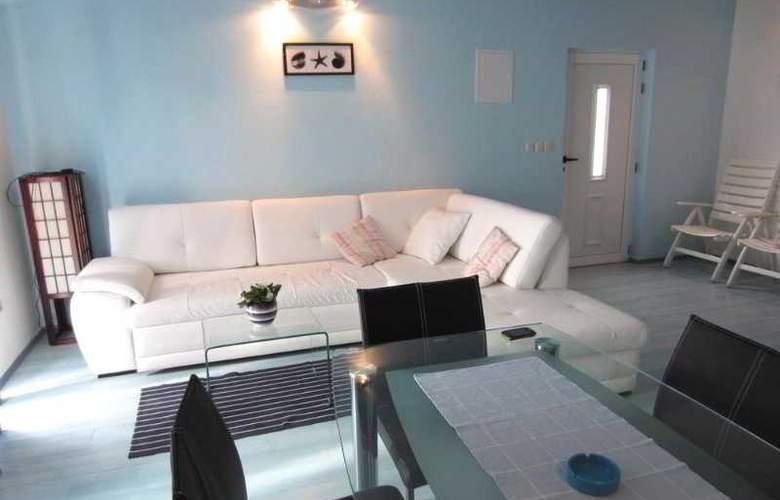 Apartmani Kelam - Room - 9