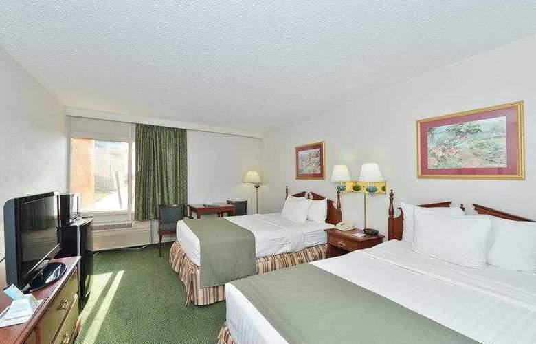 Best Western Holiday Plaza - Hotel - 6