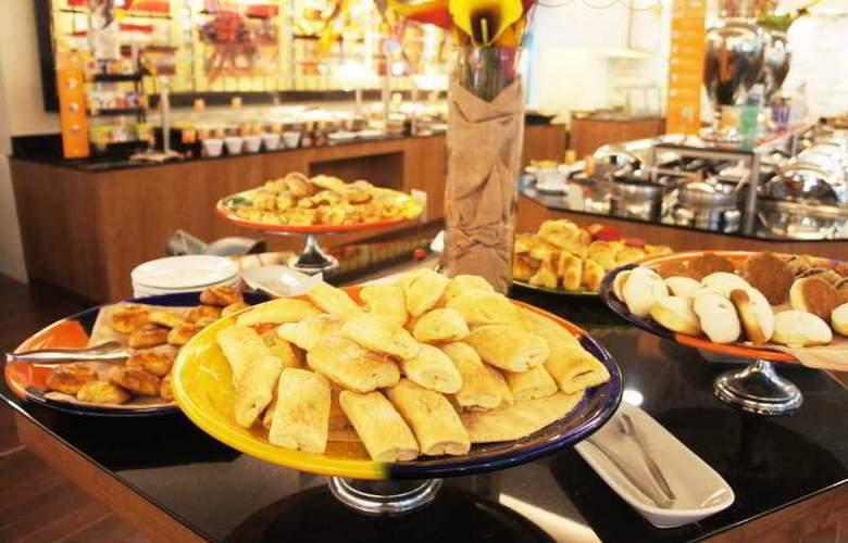Hilton Guadalajara - Restaurant - 18