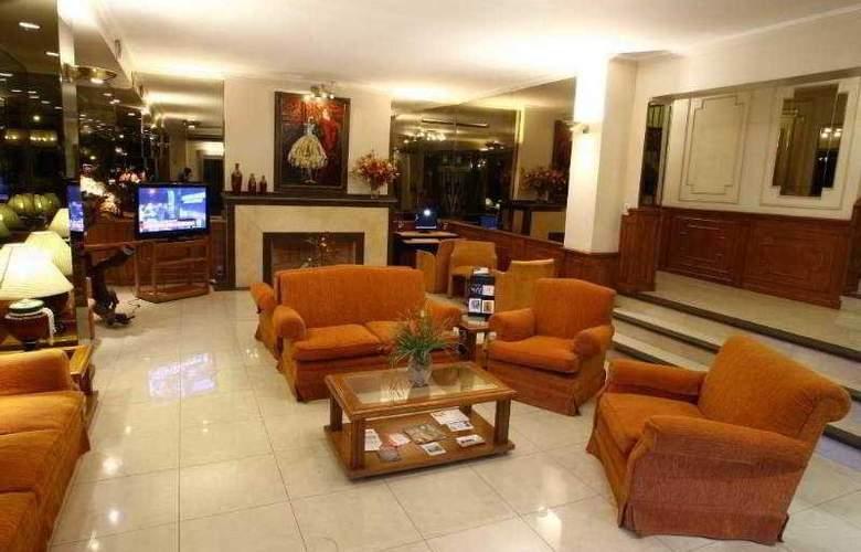 Ritz Hotel Mendoza - General - 2