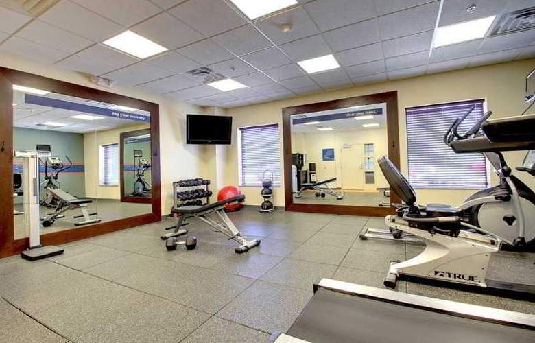 Hampton Inn & Suites Grafton - Sport - 8