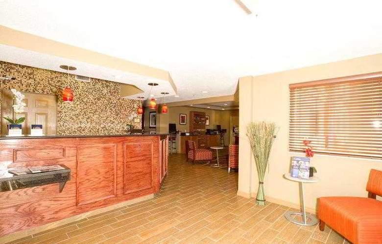 Comfort Inn Plant City - Lakeland - Hotel - 23