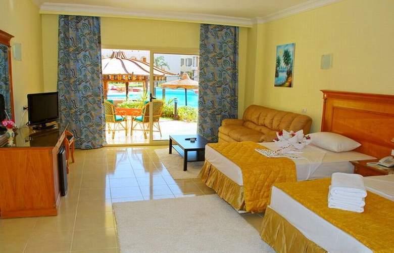 Aqua Hotel Resort & Spa - Room - 4