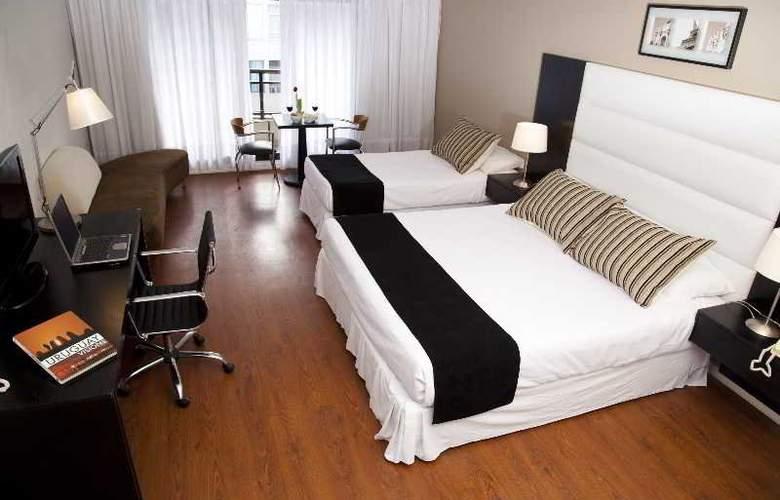 Pocitos Plaza Hotel - Room - 17