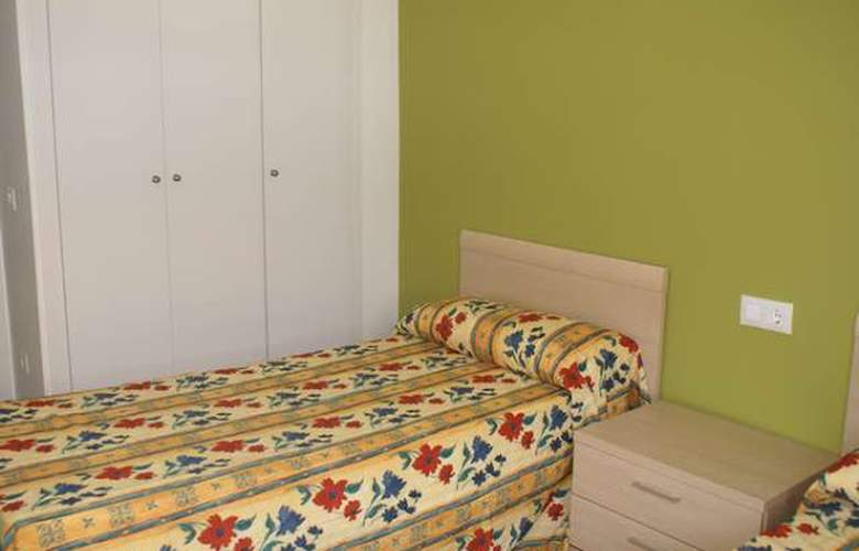 Salou Mediterraneo-Only Families - Room - 5