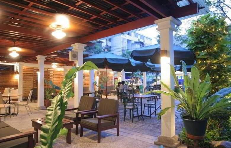 Residence Rajtaevee Bangkok - Bar - 5