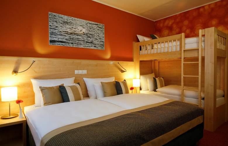 Aquapalace Hotel Prague - Room - 9