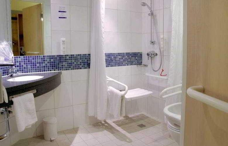 Holiday Inn Express London - Earl's Court - Room - 3