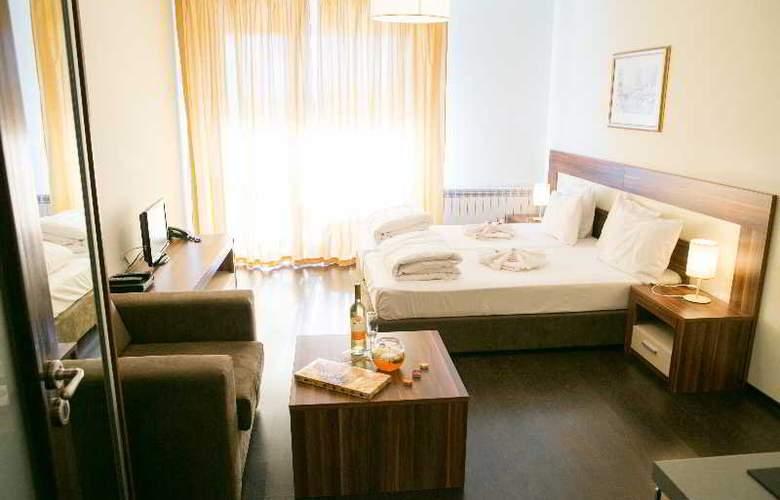 Balkan Jewel - Room - 17