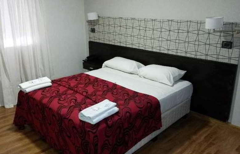 Tucuman Palace Hotel - Room - 3