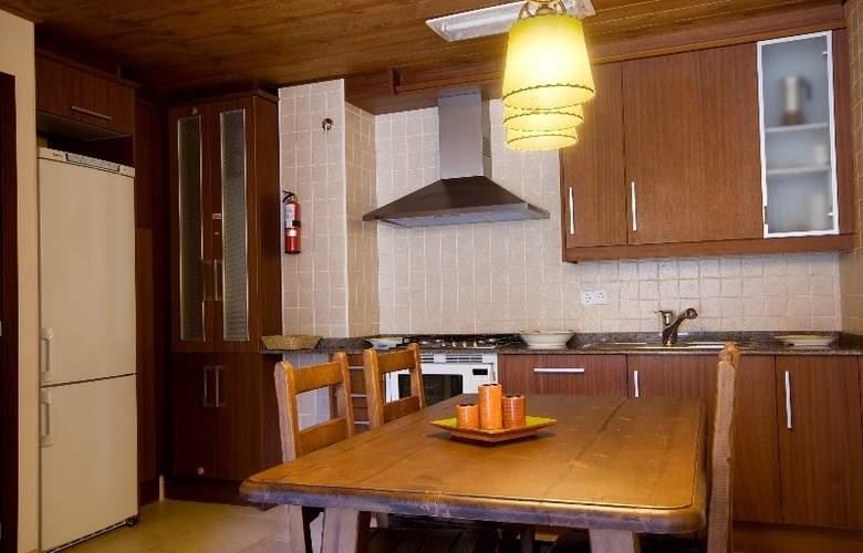 La Peguera Apartaments - Room - 7