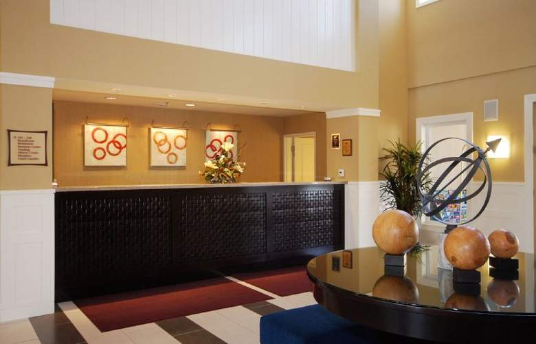 Best Western Plus Marina Gateway Hotel - Hotel - 5