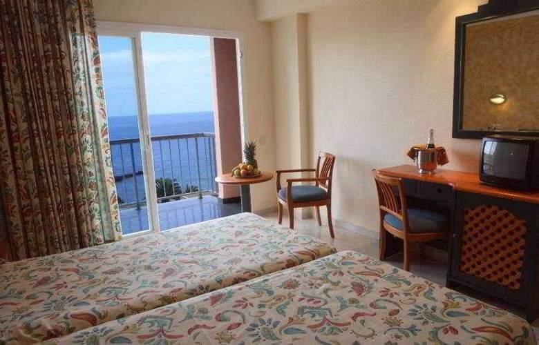 Azuline Coral Beach - Room - 15