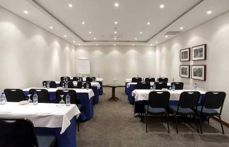 Cardoso - Conference - 22