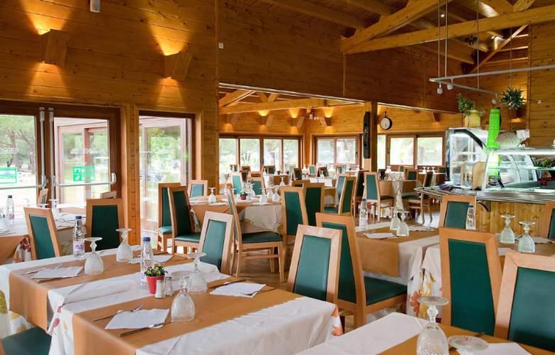 Adriana Beach Club Hotel Resort - Restaurant - 6
