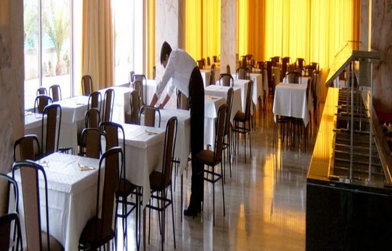 Port Europa - Restaurant - 5