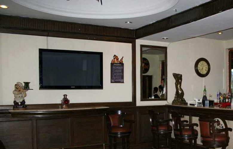 MK Hotel - Bar - 3
