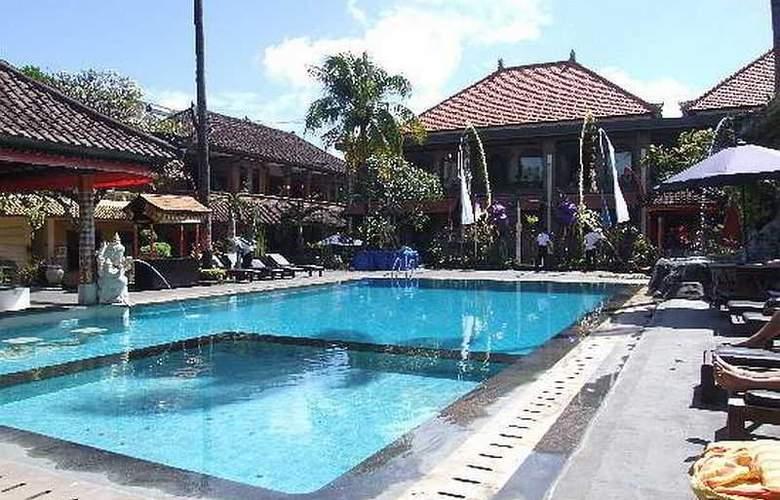 Satriya Cottage - Pool - 25