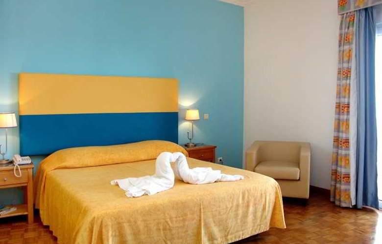 Hotel Maritur - Room - 10