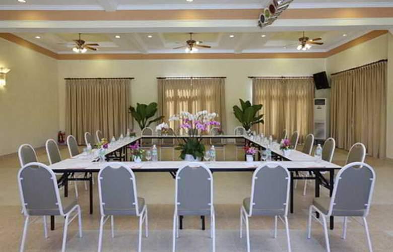 Golden Coast Resort & Spa - Conference - 3