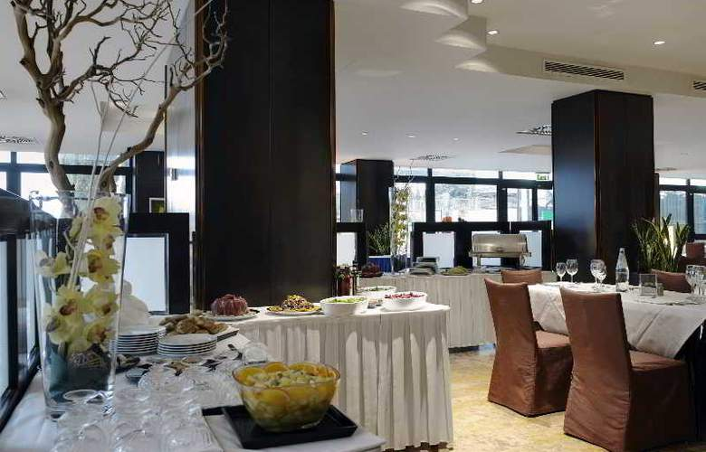 NH Villa Carpegna - Restaurant - 24