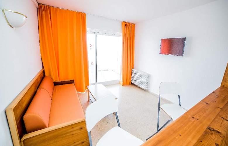 Deya (Hotel 3* - Apartamentos 2 LL) - Room - 17